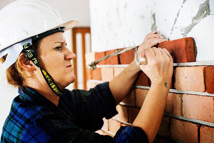 Sika a través del proyecto 'Ella Construye' promueve el acceso de la mujer al sector de la construcción